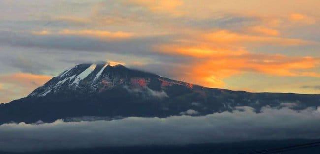 climbing mount kilimnajaro sunset