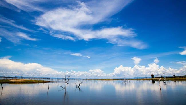 zimbabwe safari lake kariba